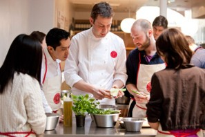 Students at L'Atelier des Chefs in London