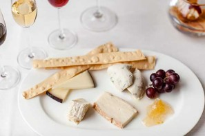 The cheese platter at Theo Randall's Park Lane restaurant
