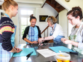 Teenage cookery courses in France